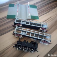 Trenes Escala: TREN JOUEF LOCOMOTORA 2 VAGONES Y BARRERAS.MADE IN FRANCE. Lote 210538036