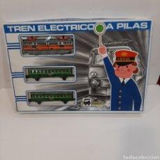 Trenes Escala: TREN ELÉCTRICO PEQUETREN. Lote 211813980