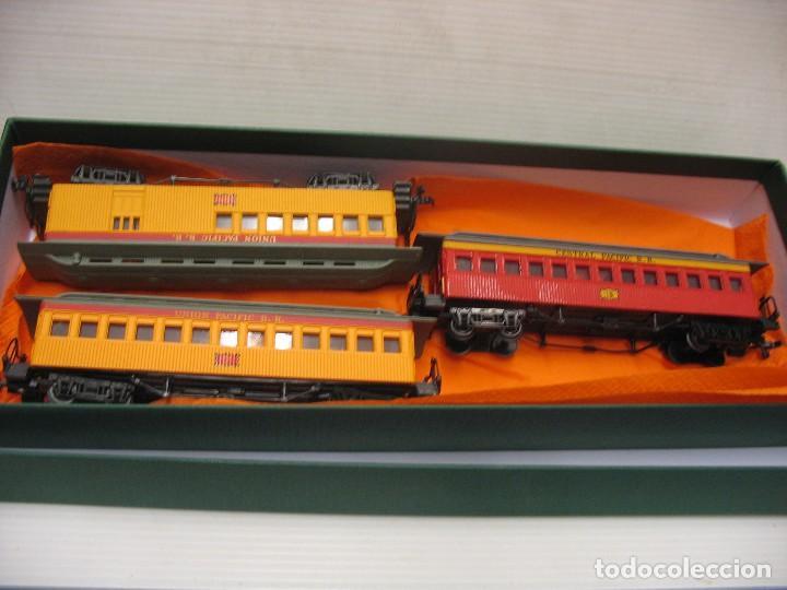 SET DE 3 VAGONES DE BACHMANN (Juguetes - Trenes Escala H0 - Otros Trenes Escala H0)