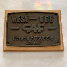 Trenes Escala: RENFE PLACA ORIGINAL MITSUBISHI. Lote 214034752