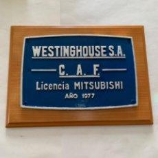 Trenes Escala: RENFE PLACA ORIGINAL MITSUBISHI. Lote 214035102
