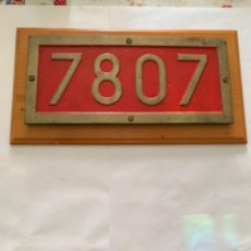 Trenes Escala: RENFE PLACA ORIGINAL LOCOMOTORA 7807. Lote 214035465
