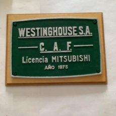 Trenes Escala: RENFE PLACA ORIGINAL MITSUBISHI. Lote 214037136