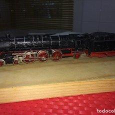 Trenes Escala: LOCOMOTORA Y TENDER ELECTRICOS - MADE IN WESTERN GERMANY - NORMAL ESTADO - MÁS DE 1 KILO. Lote 218319011