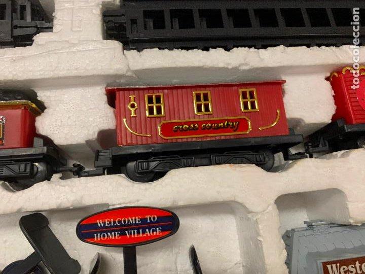 Trenes Escala: Bonito tren a pilas, con muchos complementos. CLASSIC WESTERN EXPRESS. en caja original. ver fotos - Foto 6 - 218831425