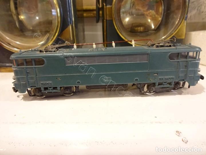 Trenes Escala: JOUEF H0. Locomotora eléctrica BB25110. REF: 8582. Algun defecto - Foto 3 - 220093468