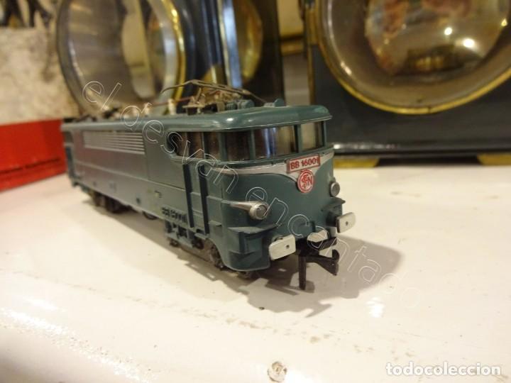 Trenes Escala: JOUEF H0. Locomotora eléctrica BB25110. REF: 8582. Algun defecto - Foto 5 - 220093468