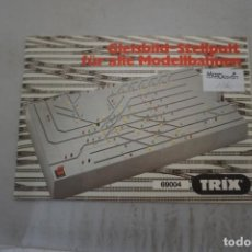 Trenes Escala: GLEISBILD-STELLPULT FUR ALLE MODELLBAHNEN - PANEL DE CONTROL TRIX 69004. Lote 221234620