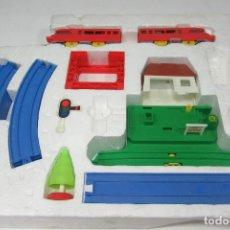 Trenes Escala: TREN DE JUGUETE PLAY RAIL. DE GEYPER.. Lote 221438087