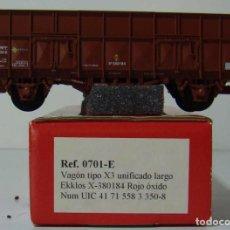 Trenes Escala: KTRAIN VAGON X3 UNIFICADO LARGO REF: 0701-E ESCALA H0 ROJO OXIDO. Lote 222688983