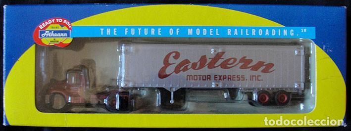 CAMION HO 1:87 ATHEARN 93183 - EASTERN MOTOR EXPRESS - DESCATALOGADO - MUY RARO - (Juguetes - Trenes Escala H0 - Otros Trenes Escala H0)