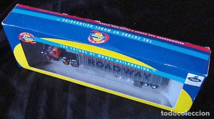 Trenes Escala: CAMION HO 1:87 ATHEARN 70988 - ROADWAY - DESCATALOGADO - MUY RARO - - Foto 2 - 225968630