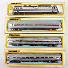 Trenes Escala: BACHMANN CONJUNTO AMTRAK DE LOCOMOTORA Y TRES COCHES DE PASAJEROS H0. Lote 233246485
