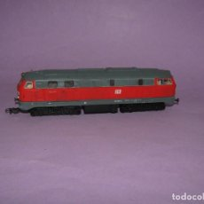 Trenes Escala: ANTIGUA LOCOMOTORA DIESEL DE LA DB EN ESCALA *H0* CORRIENTE CONTINUA DE PIKO. Lote 234387675