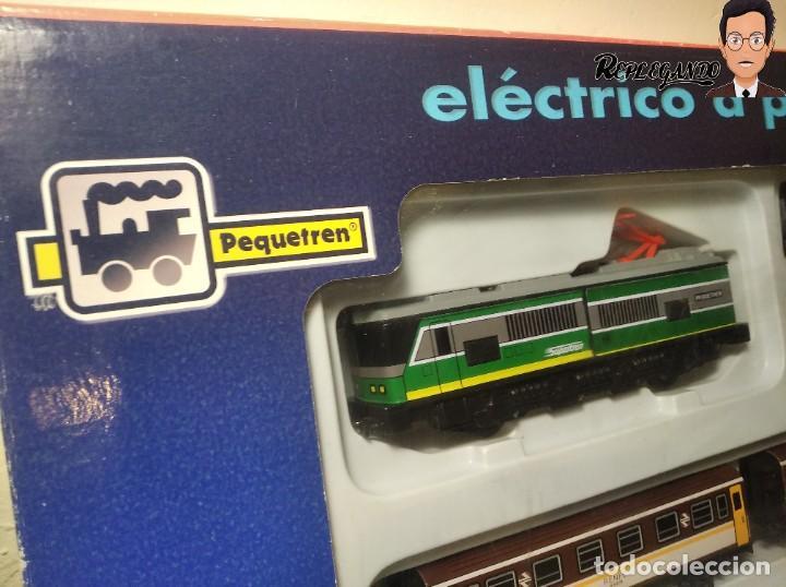 Trenes Escala: PEQUETREN DOBLE TREN VIAJEROS Y MERCANCIAS CON LUZ REF: 900 - TREN METÁLICO A PILAS (AÑOS 80) - Foto 32 - 237149755