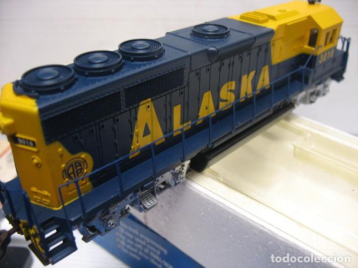 LOCOMOTORA ALASKA EN HO CONTINUA DIGITAL (Juguetes - Trenes Escala H0 - Otros Trenes Escala H0)