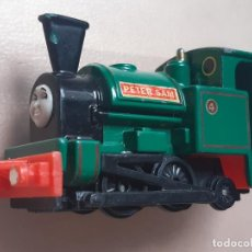 Trenes Escala: THOMAS THE TANK ENGINE AND FRIENDS ERTL 1996 LOCOMOTORA PETER SAM TRENES. Lote 244188575