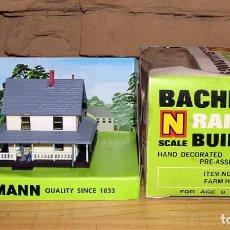 Trenes Escala: BACHMANN - FARM HOUSE - GRANJA - REF 7202 - NUEVA Y EN SU CAJA ORIGINAL - ESCALA N. Lote 250105510
