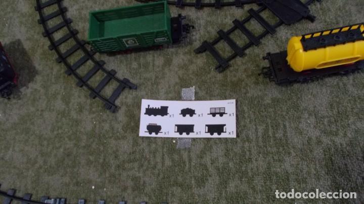 Trenes Escala: TREN CON LUZ SONIDO MARCHA ADELANTE Y ATRAS,COMPLETO Y EN SU CAJA, EL TREN COMO NUEVO - Foto 6 - 251468365