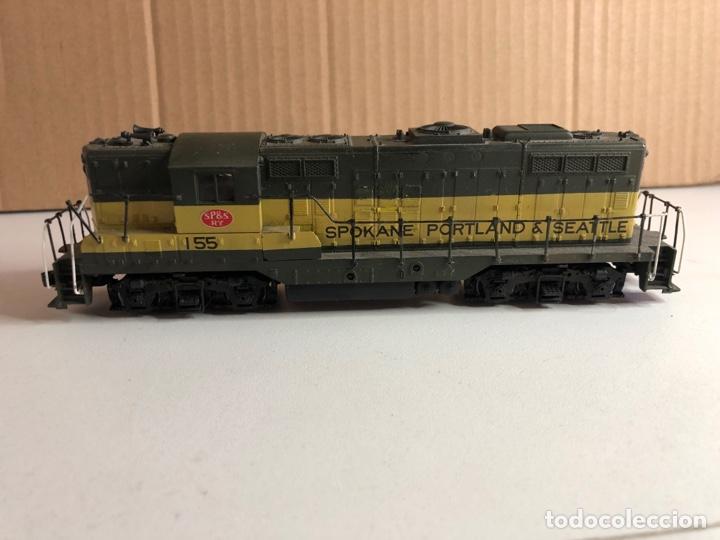Trenes Escala: 2 locomotoras H0 corriente continua - Foto 10 - 253442100
