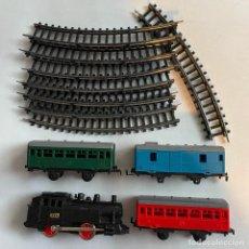 Trenes Escala: LOTE LOCOMOTORA DE VAPOR JYESA 1051 CON VAGONES Y VIAS ESCALA H0. Lote 254681850