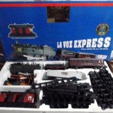 Trains Échelle: TREN PROMOCIONAL DE LA VOZ EXPRESS NUEVO FUNCIONA CON PILAS. Lote 255417365