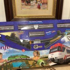Trenes Escala: PEQUETREN CAJA CON TRENES Y VAGONES. Lote 263686115