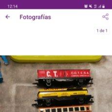 Trenes Escala: 1 LOCOMOTORA Y 4 VAGONES ANTIGUAS. Lote 266376043