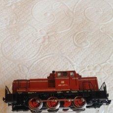 Trenes Escala: LOCOMOTORA MANIOBRAS. Lote 268468469