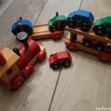 Trenes Escala: TREN DE MADERA CON COCHES. Lote 268963394