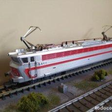 Trenes Escala: JOUEF H0 LOCOMOTORA ELÉCTRICA CC 40101, DE LA SNCF, REFERENCIA 843E DC ANALÓGICA.. Lote 269852468