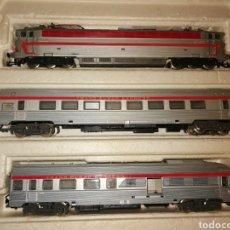 Trenes Escala: TREN JOUEF HO LOCOMOTORA Y 2 VAGONES. Lote 276074783
