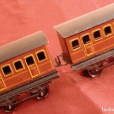 Trenes Escala: 16- 2 VAGONES DE PASAJE TREN DE JUGUETE, DISTANCIA ENTRE RUEDAS 26-27 MM APROX.. Lote 276459543