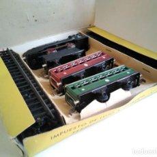 Trenes Escala: ANTIGUO SET TREN JYE: LOCOMOTORA, CARBONERA, VAGONES Y VÍAS. Lote 278424603