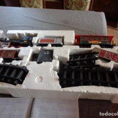 Trenes Escala: TREN A PILAS BLACK STATTION A ESTRENAR. Lote 280164528