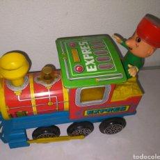 Trenes Escala: ANTIGUO TREN DE CHAPA Y PVC OBERTOYS, AÑOS 70/80, MIDE: 21 CM ACEPTO OFERTAS. Lote 287329928