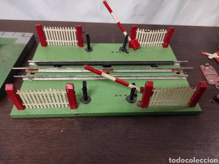 Trenes Escala: Lote juguetes tren locomotoras estación Payá - Foto 15 - 287995773