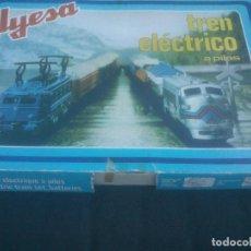 Trenes Escala: TREN RENFE ELECTRICO A PILAS DE LA MARCA JYESA . AÑOS 70S. COMPLETO.. Lote 288410853