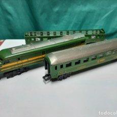 Trenes Escala: LOCOMOTORA Y 2 VAGONES, RENFE, PAYA, ELECTROTREN, MARKLIN, ROCO.... Lote 288574763