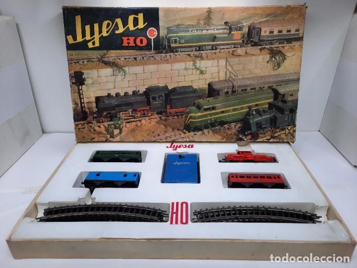 JYESA LOCOMOTORA ROJA Y VAGONES MODELO 1940 TREN FERROCARRIL ESCALA H0 FUNCIONANDO !! (Juguetes - Trenes Escala H0 - Otros Trenes Escala H0)