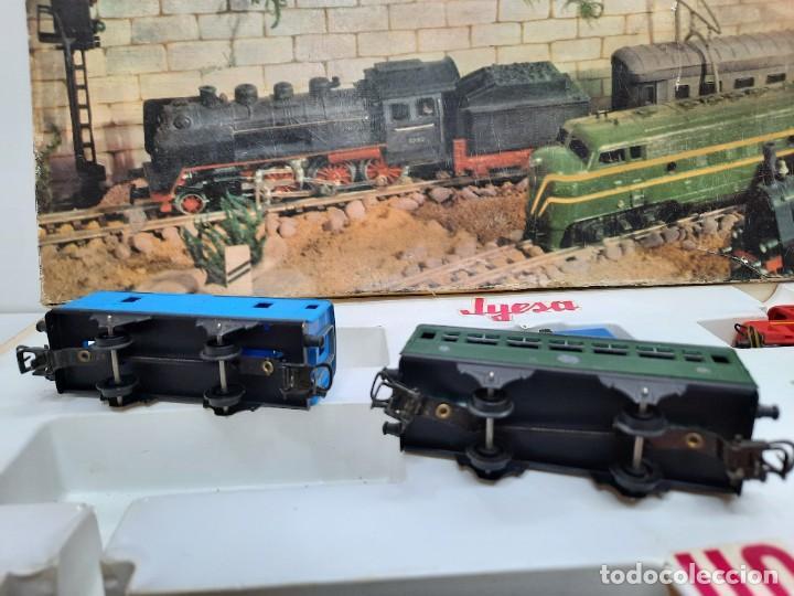 Trenes Escala: JYESA LOCOMOTORA ROJA Y VAGONES MODELO 1940 TREN FERROCARRIL ESCALA H0 FUNCIONANDO !! - Foto 9 - 288950283