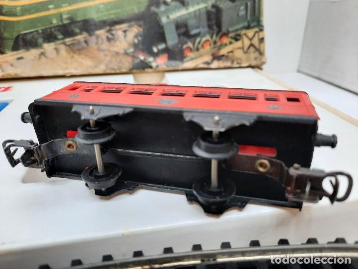 Trenes Escala: JYESA LOCOMOTORA ROJA Y VAGONES MODELO 1940 TREN FERROCARRIL ESCALA H0 FUNCIONANDO !! - Foto 11 - 288950283