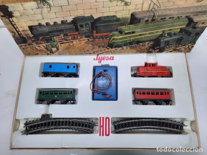 Trenes Escala: JYESA LOCOMOTORA ROJA Y VAGONES MODELO 1940 TREN FERROCARRIL ESCALA H0 FUNCIONANDO !! - Foto 17 - 288950283