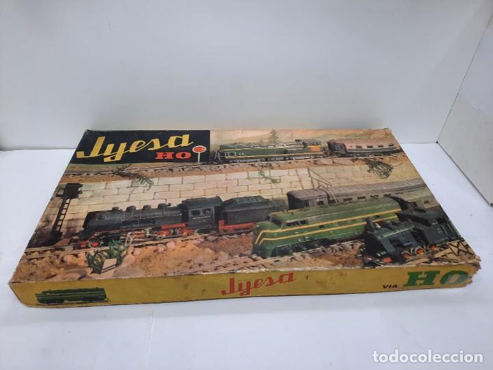 Trenes Escala: JYESA LOCOMOTORA ROJA Y VAGONES MODELO 1940 TREN FERROCARRIL ESCALA H0 FUNCIONANDO !! - Foto 18 - 288950283