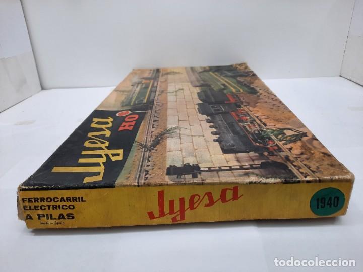 Trenes Escala: JYESA LOCOMOTORA ROJA Y VAGONES MODELO 1940 TREN FERROCARRIL ESCALA H0 FUNCIONANDO !! - Foto 20 - 288950283