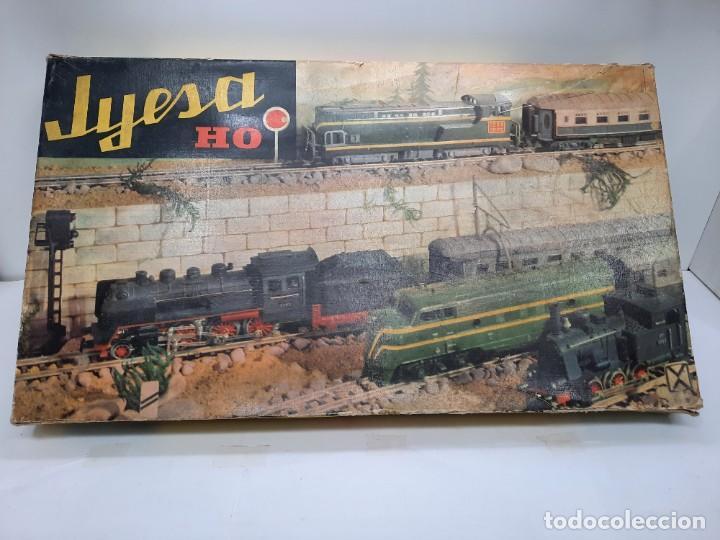 Trenes Escala: JYESA LOCOMOTORA ROJA Y VAGONES MODELO 1940 TREN FERROCARRIL ESCALA H0 FUNCIONANDO !! - Foto 22 - 288950283