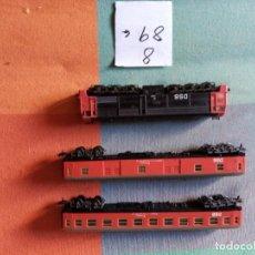 Trenes Escala: LOCOMOTORA Y 2 VAGONES DE PASAJEROS D.S.B.FERROCARRILES DANESES. Lote 294833278