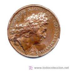 Trofeos y medallas: LUDOVICUS MAGNUS REX COBRE/PLOMO 4 CM.. Lote 26766520