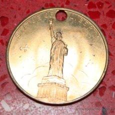 Trofeos y medallas: MEDALLA DE NEW YORK - ESTATUE OF LIBERTY - EMPIRE STATE BLDG. Lote 25980923