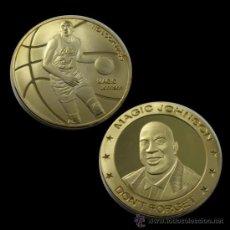 Trofeos y medallas: MONEDA DE MAGIC JOHNSON. EN CÁPSULA NUMISMÁTICA. 4 CM DIÁMETRO.CHAPADA ORO 24 . BALONCESTO. LAKERS.. Lote 167197384